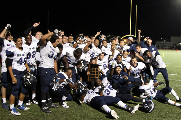 DV Beats Dublin 34-27 in One Minute Miracle Win