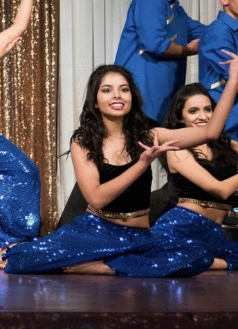 Junior Sana Bharadwaj, founder and co-instructor of AB Fusion, performing at Dil Se as a part of Dougherty Dhadkan in 2017.