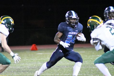 Wildcats waver against San Ramon Valley Wolves at Homecoming game
