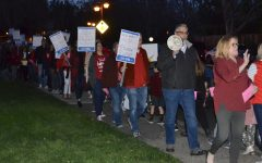 SRVEA members rally on March 3 outside the SRVUSD office preceding a Board of Education meeting.