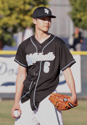 Junior Ethan Hsu commits to Princeton for baseball