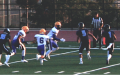 Navigation to Story: DV Varsity Football crushes Newark 42-16 while JV loses 23-14
